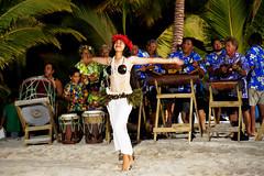 20190912-40-Cook Island traditional dance (Roger T Wong) Tags: 2019 aitutaki cookislands pacific pacificisland rogertwong sel24105g sony24105 sonya7iii sonyalpha7iii sonyfe24105mmf4goss sonyilce7m3 cultural dancer holiday island performance travel