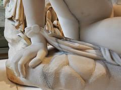 L'Innocence Jean Baptiste Roman (marellezap) Tags: lelouvre peinture mains musée