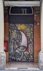 Chiuso (tullio dainese) Tags: 2019 bologna artedistrada graffiti muri muro outdoor strade strada street streetart streetposterart streets wall walls porta portici portico