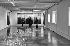 Exhibition NUAGE - (hervedulongcourty) Tags: exhibitionnuage csonnart1550 exhibition sonnar art galeriefrançoisepaviot france jocelynealloucherie arles photo manualfocus artcontemporain zeiss nb javierpérez m9 leicam exposition contemporaryart noiretblanc monochrome artist provence photography carlzeiss blackandwhite muséeréattu bw europe carlzeisslenses leica