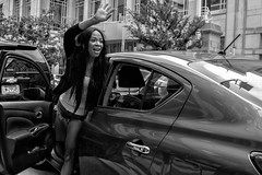 Arch Street, 2018 (Alan Barr) Tags: philadelphia 2018 archstreet automobile car street sp streetphotography streetphoto blackandwhite bw blackwhite mono monochrome candid city people panasonic