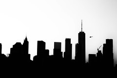 manhattan silhouettes (mat56.) Tags: paesaggi paesaggio landscapes landscape panorama urbano urban silhouettes bianco nero white black manhattan newyork usa grattacieli skyscrapers antonio romei mat56 architettura architecture skyline