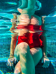 Reflections (Thomas Hawk) Tags: america fourseasons fourseasonsmaui fourseasonswailea hawaii hotel julia juliapeterson maui usa unitedstates unitedstatesofamerica wailea waileaelua mrsth pool resort spouse swimmingpool underwater wife kihei fav10 fav25 fav50 fav100