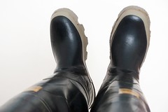 Bullseye Hood (essex_mud_explorer) Tags: bullseyehood waders rubber boots hellyhansen raincoat rainwear nusfjord
