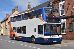 Stagecoach East Midlands 18055 KX53VNF 3/9/19 (Lincolnshire Bus Stop) Tags: stagecoacheastmidlands dennis trident transbus plaxton president 18055 kx53vnf brookesbus oxford devon lincoln grantham1 navenby