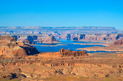 Lake Powell - Arizona/Utah (Udo S) Tags: lakepowell arizona utah page blue water desert stones colors red