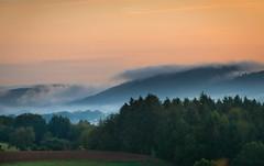 Autumn arrives (Rita Eberle-Wessner) Tags: landscape landschaft wald forest mittelgebirge odenwald hügel hills wolken clouds autumn fall sonnenaufgang sunrise morning morgennebel morgen weschnitztal