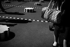 Paris (tomabenz) Tags: swag noiretblanc stripes street people streetshot bw mono sony a7 paris urban noir et blanc monochrome human geometry bnw a7rm2 urbanexplorer zeiss streetview black white europe photography halles blackandwhite humaningeometry sonya7rm2 sonya7 streetphotography