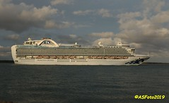 Crown Princess (andywsx) Tags: calshot canoneos7dmk2 ship cruise hampshire