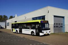VDL Citea LLE-120/255 Connexxion 3252 met kenteken 72-BKX-9 in de bus garage van Den Helder 21-09-2019 (marcelwijers) Tags: vdl citea lle120255 connexxion 3252 met kenteken 72bkx9 de bus garage van den helder 21092019 buses busse autobus lijnbus linienbus streekbus coach nederland noord holland niederlande netherlands pays bas öpnv public transport