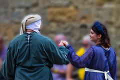 ❤Romeo e Giulietta (12) - Romeo and Juliet (12) (Eugenio GV Costa) Tags: volterra pisa italy ritratto street soldiers knight outside portrait persone people coppia couple