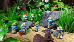 The Smurfs Jungle expedition (custombase) Tags: schleich smurfs figures jungle expedition papa smurfette brainy hefty handy lazy clumsy smurf native diorama toyphotography