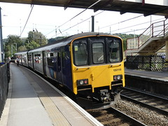 150116 Shipley (Beer today, red wine tomorrow.....) Tags: class150 dmu northern