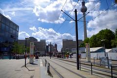 Sunny day (Atreides59) Tags: berlin deutschland allemagne germany urban urbain ciel sky nuages clouds street blue bleu tramway pentax k30 k 30 pentaxart atreides atreides59 cedriclafrance