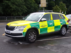 6540 - NWAS - DF68 SUO - 101_3413 (Call the Cops 999) Tags: uk gb united kingdom great britain england 999 112 emergency service services vehicle vehicles ambulance nhs national health nwas north west greater manchester day the trafford centre thursday 1 august 2019