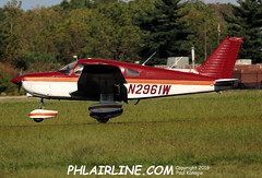 N2961W (PHLAIRLINE.COM) Tags: philadelphiainternationalairport kphl phl bizjet spotting spotter airline generalaviation planes flight airlines philly pne kpne
