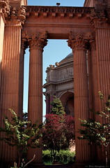 Palace of Fine Arts in San Francisco (2 of 4) (Phil Heneghan) Tags: iso100 35mmnegative digitized vuescan july 1997 roll19970705to06 sanfrancisco california usa summer nikoncoolscanls40 nikoncoolscanived fujireala canoneoselaniie palaceoffinearts neg04