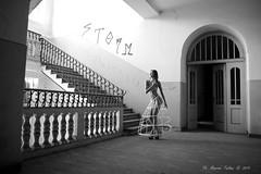 Luce Naturale Arco (Maurizio Furlani Trento) Tags: models nudo akt luoghi abbandonati modella bianco nero women girls fkk luce naturale interno