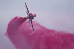 RED RED (Kaiserjp) Tags: redarrows raf royalairforce hawkt1 hawk military
