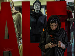 Young      Iran 2019 (Saurí) Tags: woman portrait persia street streetphotography callejeando calle foto f