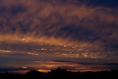 Looking East (olivier.amiaud) Tags: ciel soleil aube heurebleue aurore nuage cloud nikon d800 70300 couleur sky