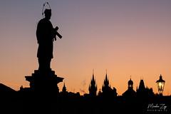 IMG_9726 (FotoZigo.cz) Tags: canon 100400l 100400 l is rp canonrp prague night morning sunrise praha czechia czech republic praguemorning charles bridge architecture orange fotozigo canonczsk cz cr capitol