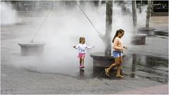Lielais Laukums (Luc V. de Zeeuw) Tags: children fountain lielaislaukums water ventspils latvia