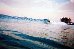 (ernestohemingwayo) Tags: canonef 35mm film fujicolor fujifilm surf byronbay australia newsouthwales barrel getpitted tubecity thewreck