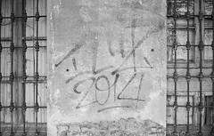 10_F102_20190914_020_JPEG 3000 (Domenico Cichetti) Tags: bustoarsizio leicam5 monocrome blackwhite bw blackandwhite bn selfdevelop selfdevelope studional street summicronc40mmf2 elmaritm28mmf28asph silver argentique analogicait analogico film
