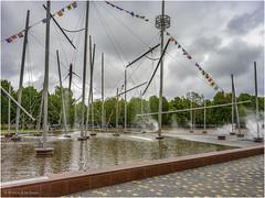 Lielais Laukums (Luc V. de Zeeuw) Tags: cloudy fountain lielaislaukums water ventspils latvia