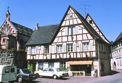 Eguisheim, Alsace, May 1980 (D70) Tags: equisheim may 1980 eguisheim arrondissementdecolmarribeauvillé grandest france film slide scanned kodachrome64 nikon fe 35mm alsace