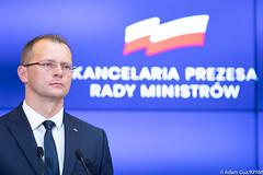 Konferencja po Radzie Ministrów (Kancelaria Premiera) Tags: premier kprm konferencjaprasowa budżet ekokprm ministerfinansów