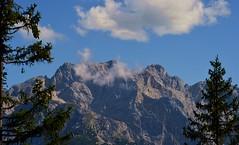 Garmisch-Partenkirchen - Wetterstein (cnmark) Tags: deutschland germany bayern bavaria garmischpartenkirchen kreuzeck wetterstein bäume felsen rocks mountains berge landscape landschaft alps alpen blue sky blauer himmel clouds wolken ©allrightsreserved