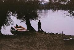 (џо_банана) Tags: 35mm filmisnotdead buyfilmnotmegapixels filmphotography analogue analoguephotography ishootfilm ishootanalog kodakgold riverside pentaxprograma grainisgood