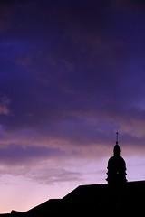 Crépuscule pourpre... (Tonton Gilles) Tags: alençon normandie clocher chapelle hôteldieu crépuscule violet pourpre ombres chinoises rose graphisme
