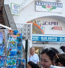 Tutto Capri (=Mirjam=) Tags: fujifilmxt20 capri tourists postcards vacation summer italy people street september 2019 spot hutspot