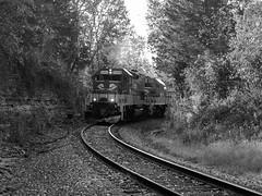 RJC Alcan Train @ Frankfort Horseshoe Curve (dtrohdenburg) Tags: rjcorman frankfort kentucky oldroad ln horseshoecurve