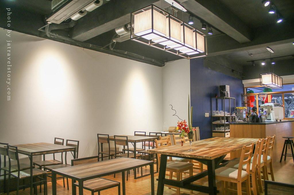 新開幕抵家咖啡 芋頭雪泥蛋三明治嫩香爽口!提拉米蘇濃郁好吃【基隆美食】 @J&A的旅行