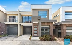 33/8 The Crossing, Caroline Springs VIC