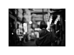 *China Town Girl. (niko**) Tags: konica hexarrf canon50mmf095 kodak tmax400 135 35mm filmphotography yokohama chinatown