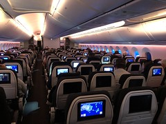 Air New Zealand 787 Economy Cabin (Simon_sees) Tags: inside onboard cabin airliner plane dreamliner airnewzealand 787 boeing jet passenger fly flight flying