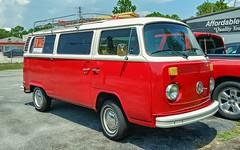 VW Transporter (Dave* Seven One) Tags: vw volkswagen type2 transporter bus vwbus 1973 1970s classic vintage import dailydriver
