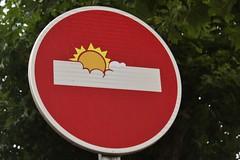 Clet_3691 Pont Croix (meuh1246) Tags: streetart bretagne finistère cletabraham clet panneau pontcroix