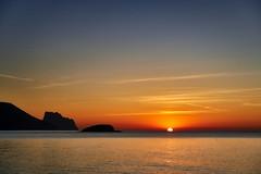 Tranquility (Vest der ute) Tags: spain g7xm2 g7xll sea seascape sky clouds earlymorning mountain sunrise horizon fav25