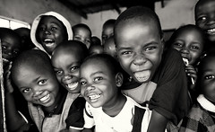 Malawi, children in primary school (Dietmar Temps) Tags: africa afrika afrique boys chewa children classroom culture education ethnic ethnie ethnology faces girls kids lakemalawi malawi nkhotakota people primaryschool ritual school tradition traditional tribes