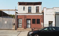 Crown Heights (neilsonabeel) Tags: nikonfm2 nikon nikkor film analogue house brooklyn newyorkcity crownheights building rowhouse urban city