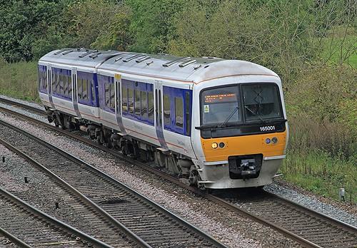 Class 165 165001 Chiltern railways Budbrook Junction 25-09-2019