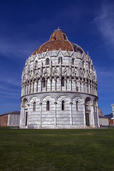 IMG_2475 (Hawkeye2011) Tags: 2019 europe italy pisa buildings architecture cathedral churches