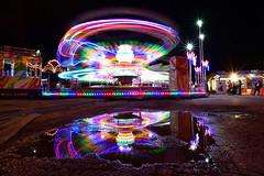Giostra (luporosso) Tags: luce light night nightshot nightscape bynight lunapark happy gioco divertimentto lungaesposizione longexposure riflesso reflexo reflex funfair fun fair