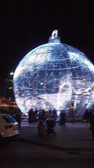 DSCF1710 (rugby#9) Tags: fuengirola spain costadelsol andalucia christmaslights christmas bauble large giant round christmasdecoration decoration people